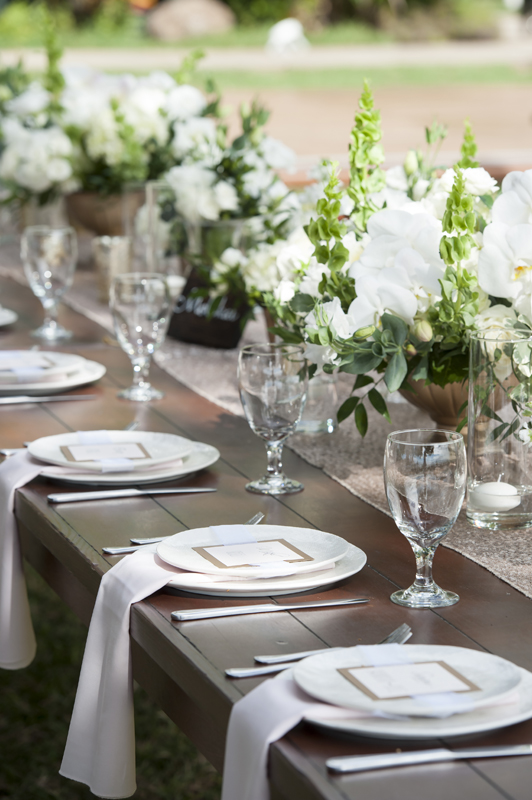 Farm table wedding at Olowalu