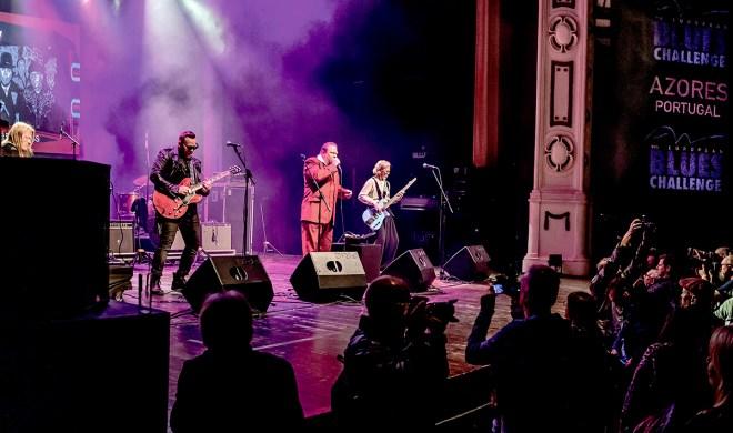 GB Blues Express på scena fredag. (Foto: Frank Nielsen).