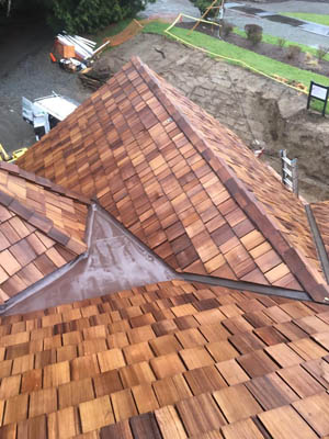 gutter and roofing company on Seattle's Eastside