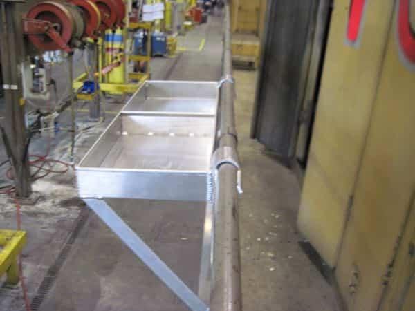 Handrail Tool Tray3