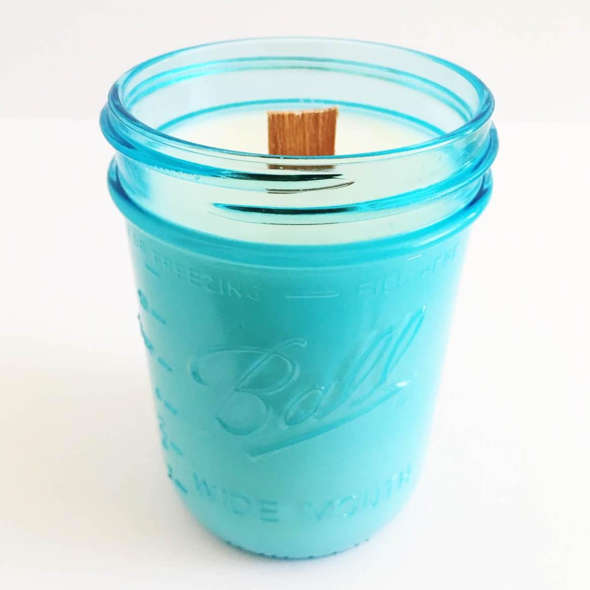 soy-candles-blue-pint-jars-wooden-wicks-16-ounces