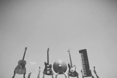 Musiikki-instrumentit