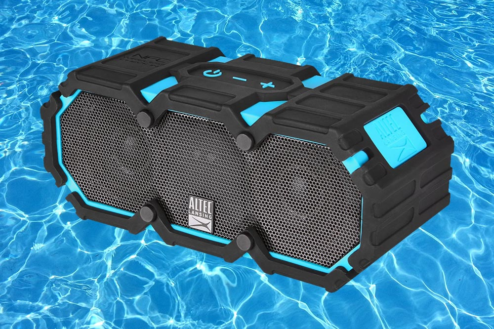 The Ideal Boating Bluetooth SpeakerAltec Life Jacket 2