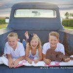 Summer Mini Sessions Utica Illinois Family Photographer Blue Truck Photography