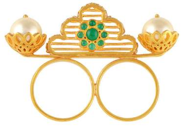 libra-ring-closeup