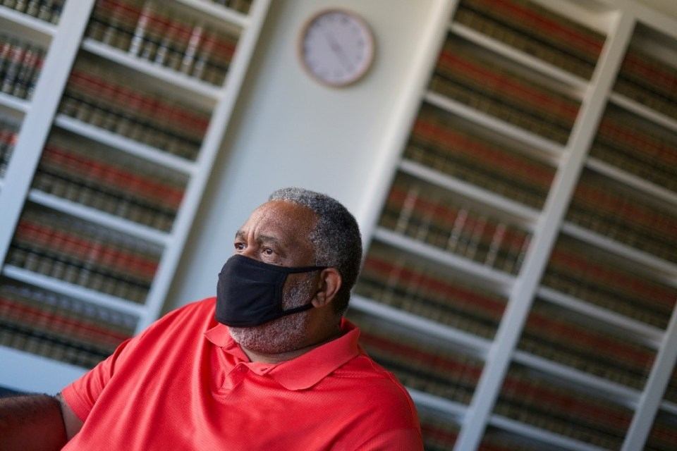 Anthony Ray Hinton, who spent 30 years in prison after a wrongful murder conviction, is seen on October 14, 2020 in Montgomery, Alabama - Bastien INZAURRALDE / ©AFP