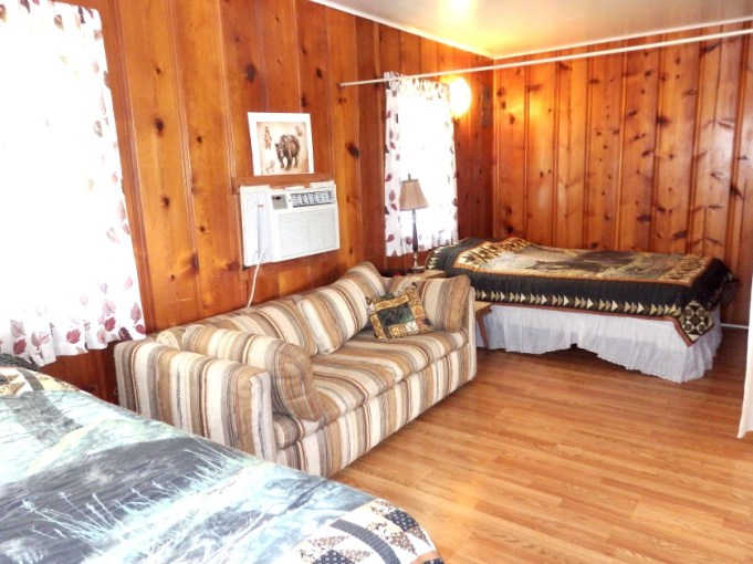 Cabin 6, Bedroom