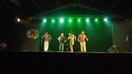 Sur la Grande scène al Festival des Cultures du monde, Gannat - Blu L'azard