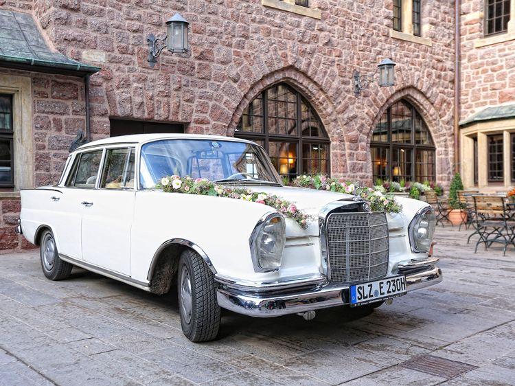 Hochzeitsauto Blumenstil Blumen Hochzeit Dekoration Geschenke