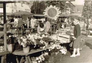 Unser Marktstand (Kundin: Käthe Müller)