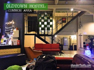 bangkok-thailand-oldtown-hostel-common-area-1