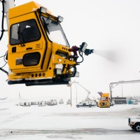 Deicing Begins | Blurbomat.com