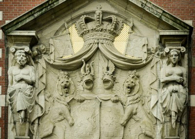 Relief sculpture on the exterior of Centraal Station in Amsterdam, 2006. | shot by Jon Armstrong for Blurbomat.com