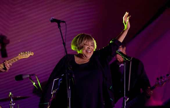Mavis Staples at Santa Monica Pier's Twilight Concert 8/18/16. Photo by Derrick K. Lee, Esq. (@Methodman13) for www.BlurredCulture.com.