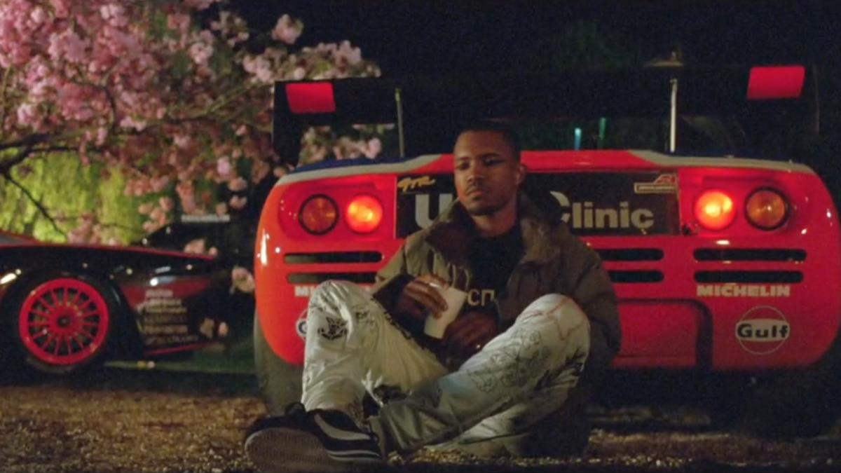 "Frank Ocean new video ""Nikes"""