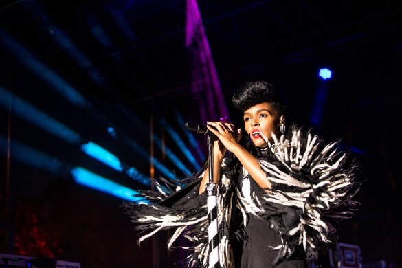 Janelle Monae at AFROPUNK FEST Brooklyn 2016 8/28/16. Photo by Cortney Armitage (@CortneyArmitage) for www.BlurredCulture.com.