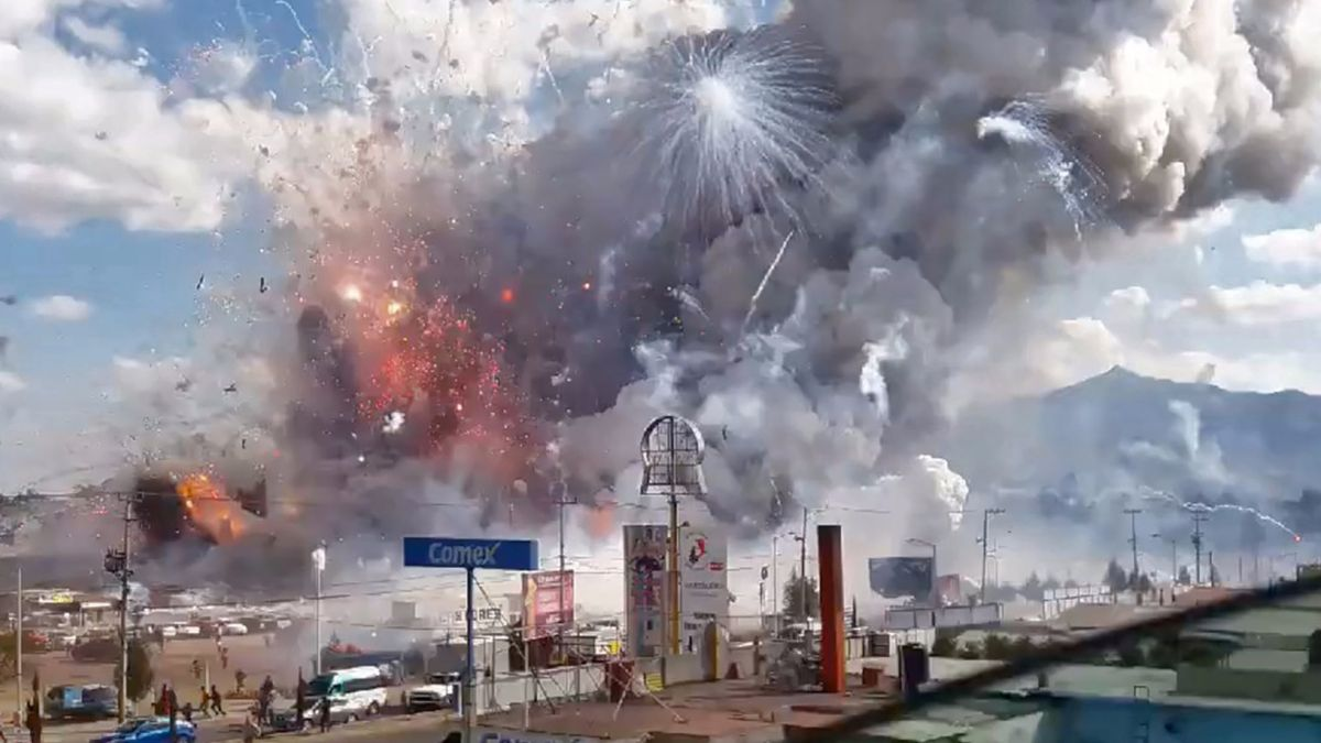 Explosion at Fireworks Market in Mexico Kills Dozens