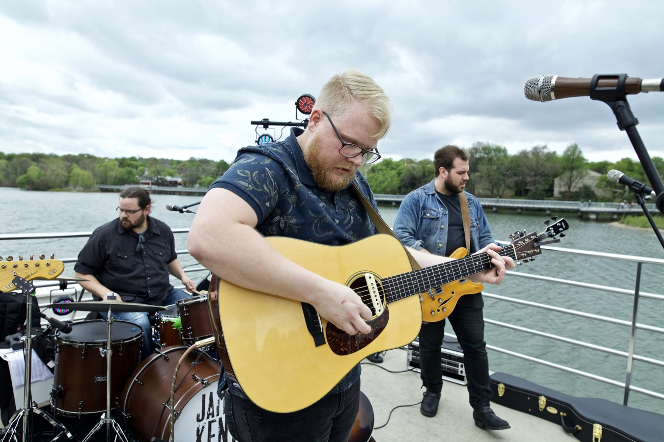 Anthony Peebles // 30A Riverboat Cruise // SXSW 3/16/2017. Photo by Derrick K. Lee, Esq. (@Methodman13) for www.BlurredCulture.com.