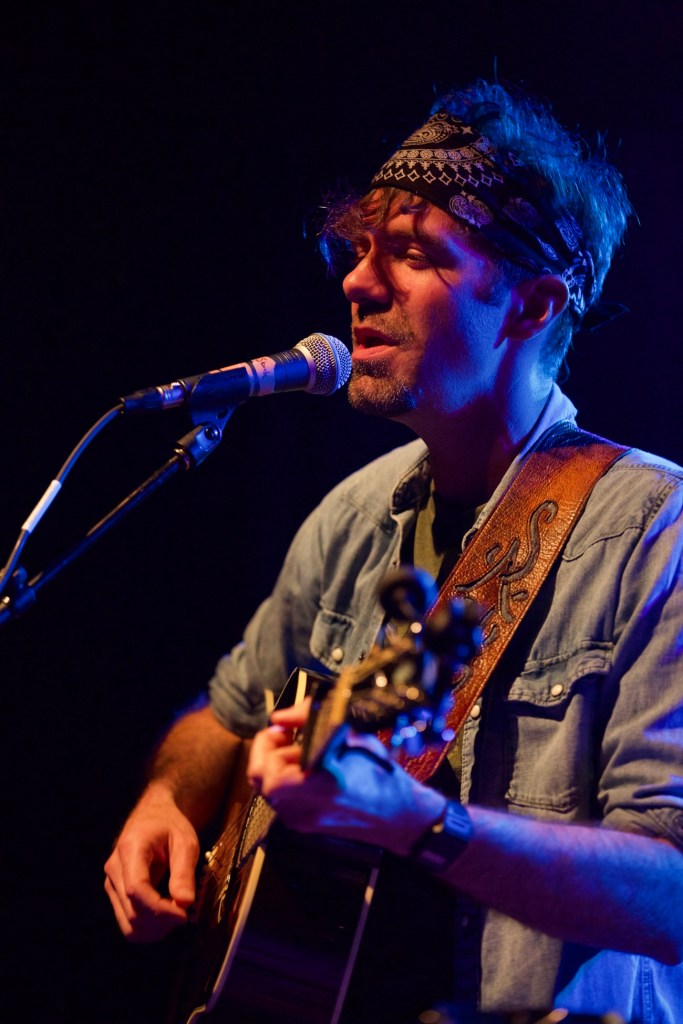 Stephen Kellogg @ El Rey Theatre 4/27/17 // Photo by Derrick K. Lee, Esq. (@Methodman13) for www.BlurredCulture.com.