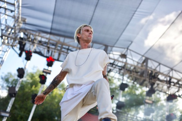 Aaron Carter @ L.A. PRIDE 6/10/17 // Photo by Derrick K. Lee, Esq. (@Methodman13)