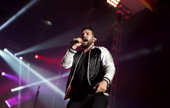Dan + Shay @ MuscleKingz Car Show & Concert at SilverLakes Sports Complex July 1, 2017 || Photo by Derrick K. Lee, Esq. (@Methodman13) for www.BlurredCulture.com.