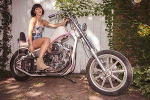 Fiona Silver. Photo by Cortney Armitage (@CortneyArmitage) for www.BlurredCulture.com.