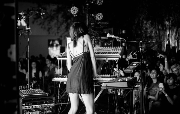 Elohim @ The Hammer Museum For Rebel Rebel Concert Series || July 20, 2017 || Photo by Justin James (@JustnJames_) for www.BlurredCulture.com.www.BlurredCulture.com.
