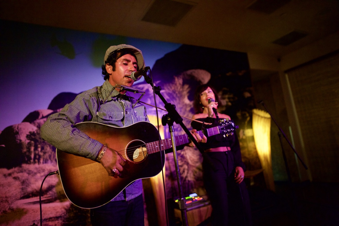 Pete Molinari @ The Standard 8/9/17. Photo by Derrick K. Lee, Esq. (@Methodman13) for www.BlurredCulture.com.