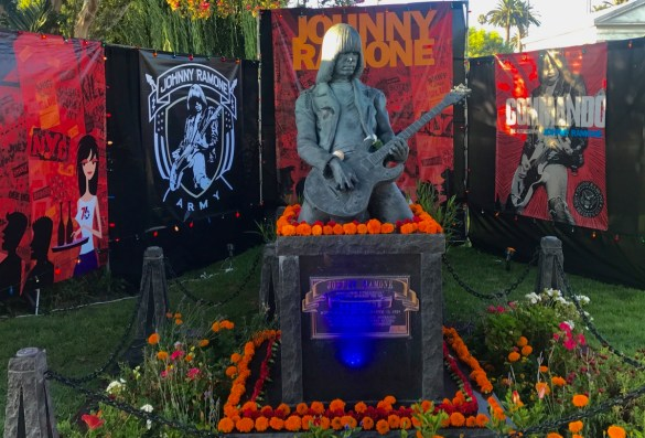 Johnny Ramone Grave at the Johnny Ramone Tribute 2017 @ Hollywood Forever Cemetery 7/30/17. Photo by Nikki Kreuzer (@Lunabeat) for www.BlurredCulture.com.