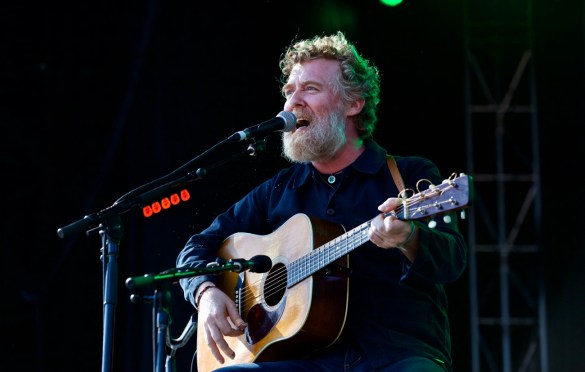 Glen Hansard @ The Ohana Fest 9/9/17. Photo by Derrick K. Lee, Esq. (@Methodman13) for www.BlurredCulture.com.