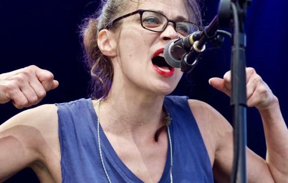 Fiona Apple @ The Ohana Fest 9/9/17. Photo by Derrick K. Lee, Esq. (@Methodman13) for www.BlurredCulture.com.