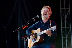 Glen Hansard @ The Ohana Fest 2017. Photo by Derrick K. Lee, Esq. (@Methodman13) for www.BlurredCulture.com.