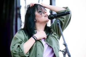 K.Flay at Cayuga Sound (Stewart Park) 9/23/17. Photo by Cortney Armitage (@CortneyArmitage) for www.BlurredCulture.com.