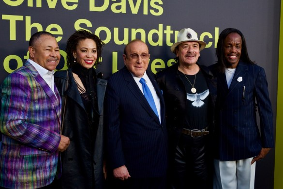 "Ralph Johnson (Earth Wind & Fire), Cindy Blackmon, Clive Davis, Carlos Santana & Verdine White (Earth, Wind & Fire) on the Red Carpet for ""Clive Davis: The Soundtrack Of Our Lives"" @ Pacific Design Center 9/26/17. Photo by Derrick K. Lee, Esq. (@Methodman13) for www.BlurredCulture.com."