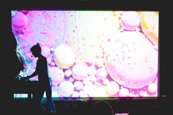 Kaitlyn Aurelia Smith at Pico-Union Project 10/11/17. Photo by LeRoy Pristach (@TheBeardedStranger) for www.BlurredCulture.com.