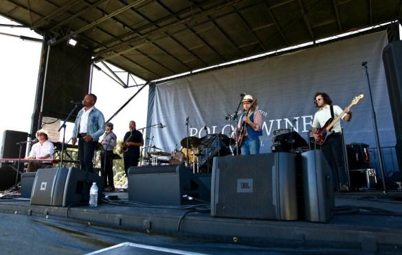 Durand Jones & The Indications at Santa Barbara Polo & Wine Festival 10/7/17. Photo by Derrick K. Lee, Esq. (@Methodman13) for www.BlurredCulture.com.