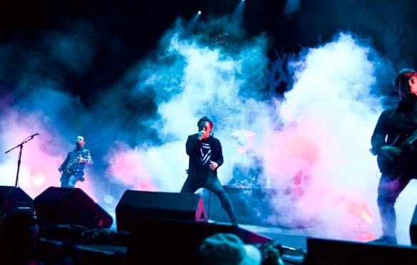 Eighteen Visions @ Ozzfest Meets Knotfest 11/5/17. Photo by Derrick K. Lee, Esq. (@Methodman13) for www.BlurredCulture.com.