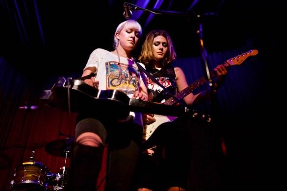 Larkin Poe @ Hotel Cafe 10/24/17. Photo by Derrick K. Lee, Esq. (@Methodman13) for www.BlurredCulture.com.