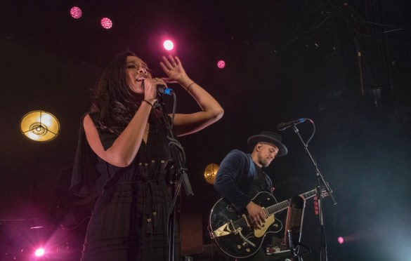 Johnnyswim @ Irving Plaza 11/7/17. Photo by Dan Golobrodko (@golo_lifestyle) for www.BlurredCulture.com.