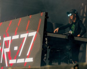 Rezz @ Day For Night 2017. Photo by Simon Diaz (@thetragicblondes) for www.BlurredCulture.com.