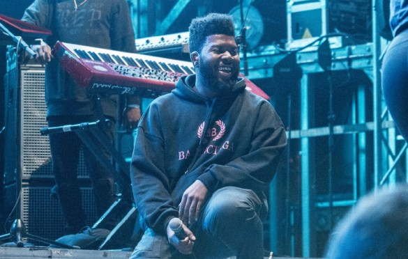 Khalid @ SnowGlobe 2017. Photo by Ghanee Ludin (@GhaneePhoto) for www.BlurredCulture.com.