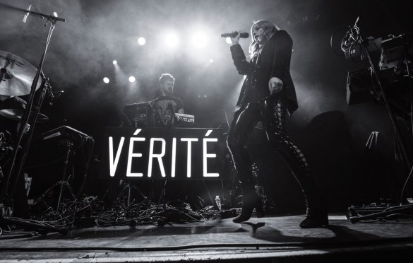 Vérité at Irving Plaza 4/4/18. Photo by Cortney Armitage (@CortneyArmitage) for www.BlurredCulture.com.