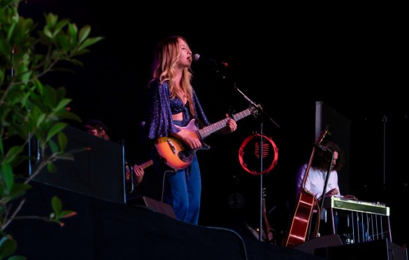 Margo Price @ Arroyo Seco Weekend 6/23/18. Photo by Derrick K. Lee, Esq. (@Methodman13) for www.BlurredCulture.com.