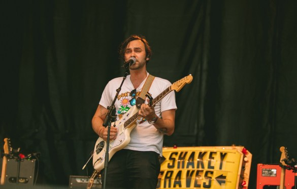 Shakey Graves @ Arroyo Seco Weekend 6/23/18. Photo courtesy of Goldenvoice. Used with permission.