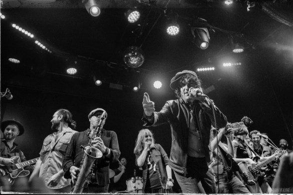 """Jesse Malin @ Bowery Ballroom for """"Gates Of The West"""" 8/25/18. Photo by Vivian Wang (@Lithophyte) for www.BlurredCulture.com."""