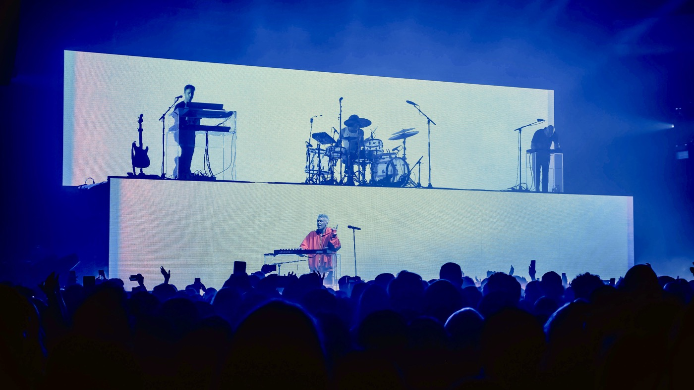 LANY @ Hollywood Palladium 10/26/18. Photo by Rachel Ann Cauilan (@Rachelcansea) for www.BlurredCulture.com.