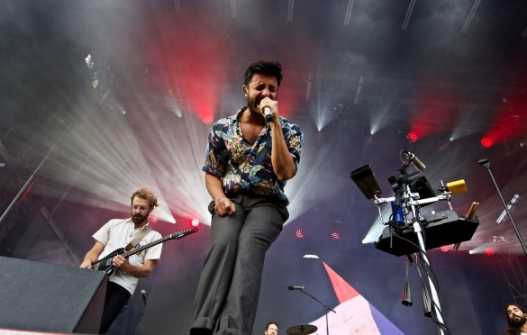 Young The Giant @ The Ohana Fest 9/30/18a. Photo baYoung The Giant @ The Ohana Fest 9/30/18. Photo by Derrick K. Lee, Esq. (@Methodman13) for www.BlurredCulture.com.y Derrick K. Lee, Esq. (@Methodman13) for www.BlurredCulture.com.