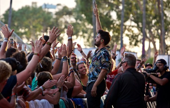 Young The Giant @ The Ohana Fest 9/30/18a. Photo by Derrick K. Lee, Esq. (@Methodman13) for www.BlurredCulture.com.