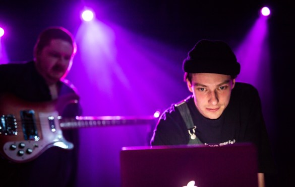 Her's @ The Echoplex 11/13/18. Photo by Derrick K. Lee, Esq. (@Methodman13) for www.BlurredCulture.com.