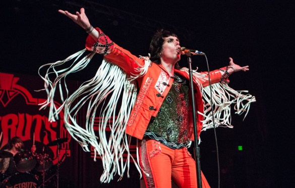 The Struts @ College Theater 7/20/18. Photo by Cortney Armitage (@CortneyArmitage) for www.BlurredCulture.com.